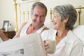 older-couple-reading